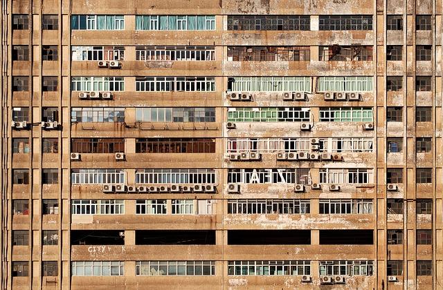 ventilátory na budově