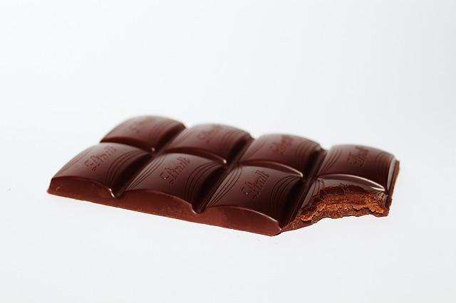 nakousnutá čokoláda